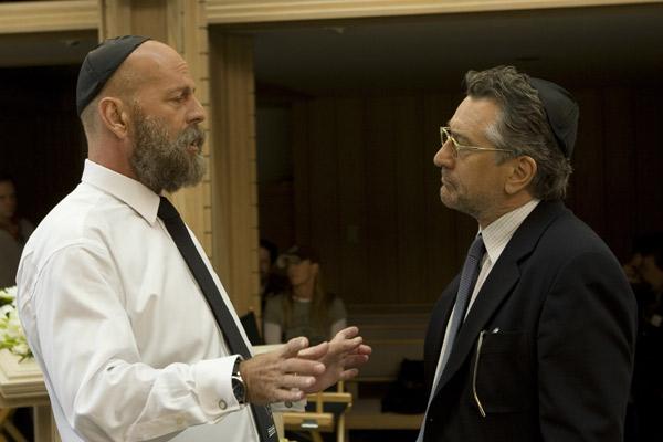 """Das beste an """"Inside Hollywood"""" ist Bruce Willis mit Bart und Plautze. Wirklich? Ja, leider..."""